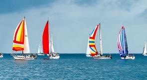 c_295_160_16777215_00_images_sailboats-1375064__340(1).jpg
