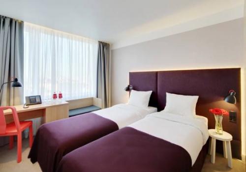 azimut hotel